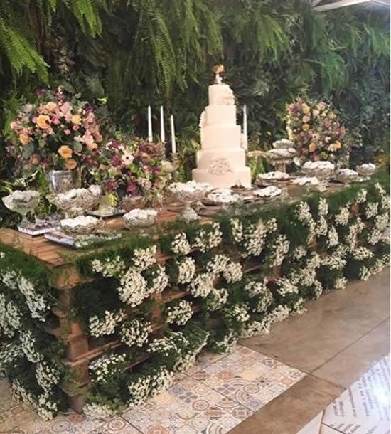 Mesa de pallets para decoração