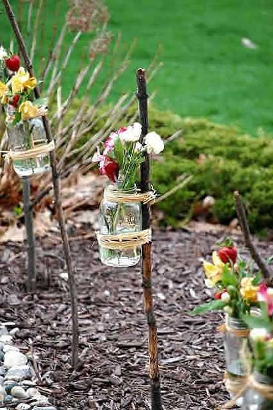 Arranjos de flores com potes