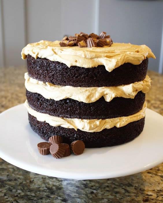Dicas para fazer bolo de chocolate decorado