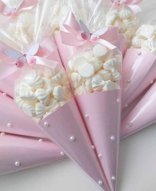 Cones de papel para lembrancinhas