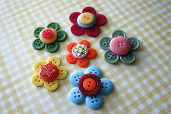 Lindas ideias com botões de roupas