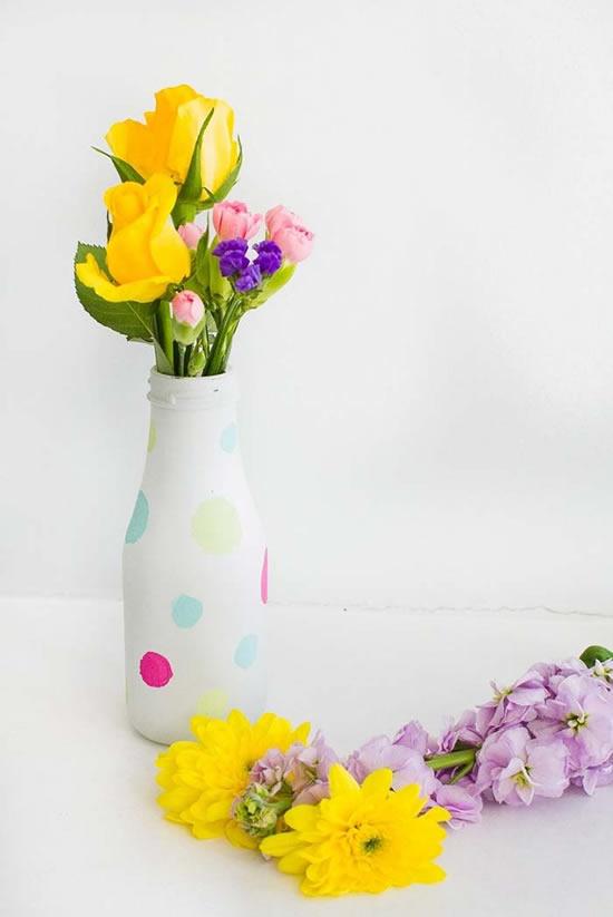 Decoração com vasos feitos com reciclagem