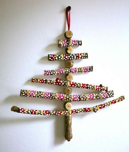 Árvore de Natal com gravetos