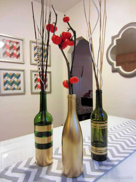 Centro de mesa com garrafa para decoração