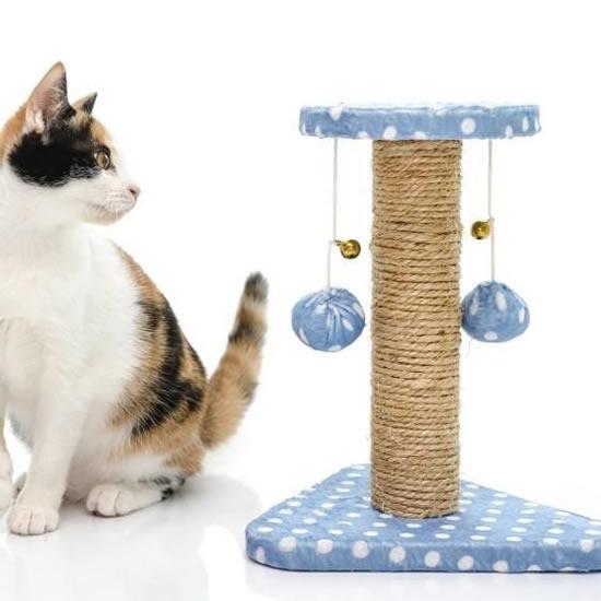 Arranhadores caseiros para gatos