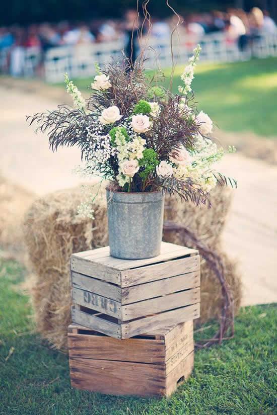 Decoração com caixotes de madeira