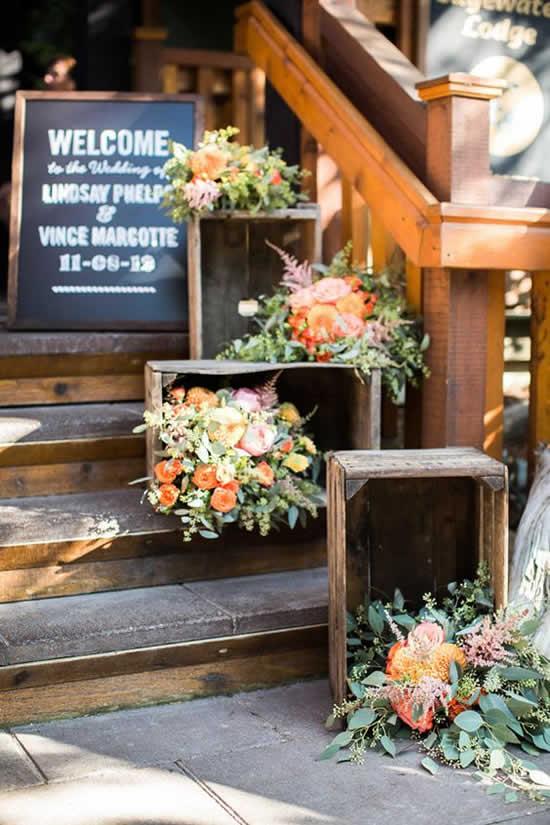 Decoração para casamento com caixotes