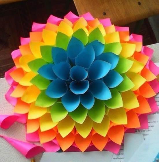 Aprenda a fazer flores de papel lindas