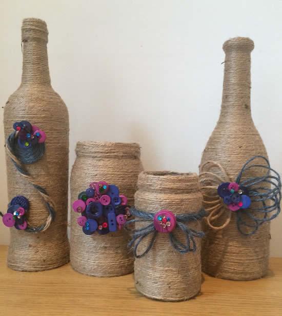 Lindas garrafas decoradas com barbante