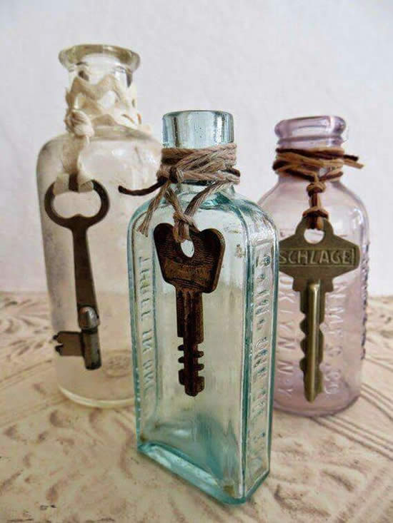 Linda decoração de garrafas