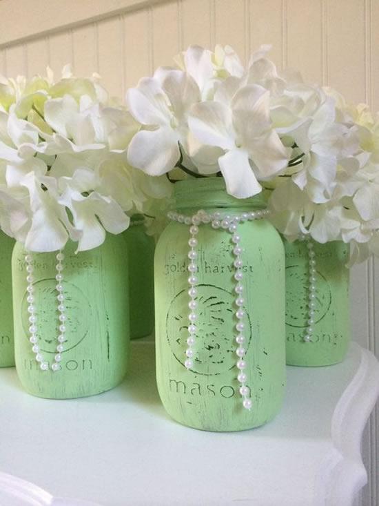 Enfeites com potes decorados