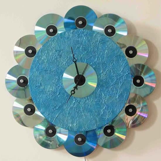 Relógio com CDs velhos