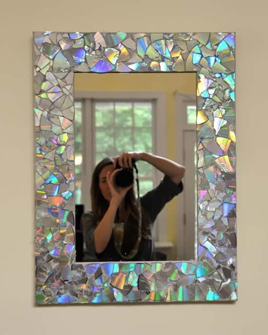 Espelho decorado com cds