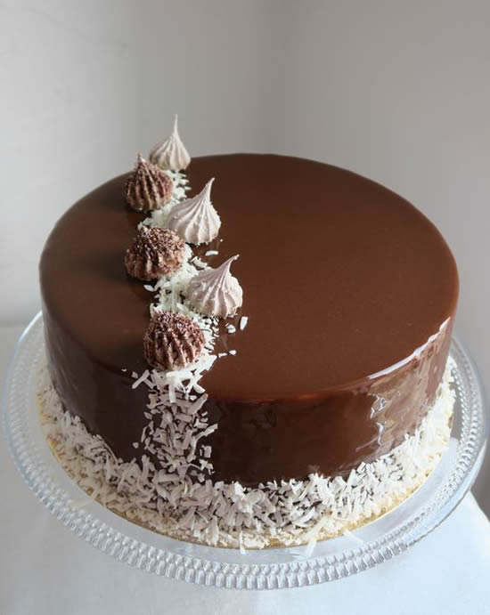 Lindos bolos de chocolate decorados
