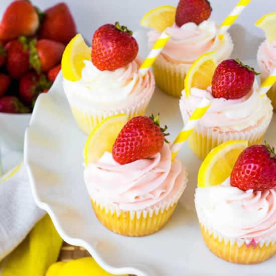 Decoração de cupcakes de morangos