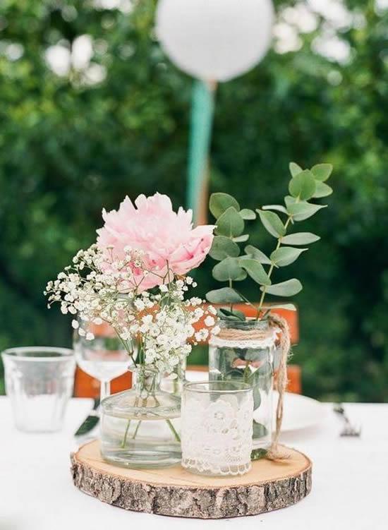 Linda decoração com flores mosquitinho