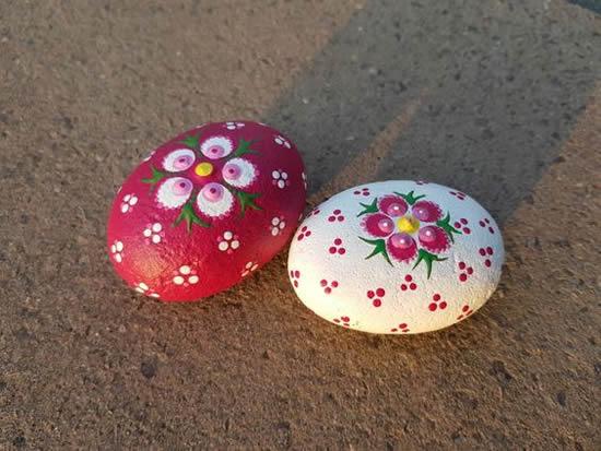 Pedras lindas e decoradas