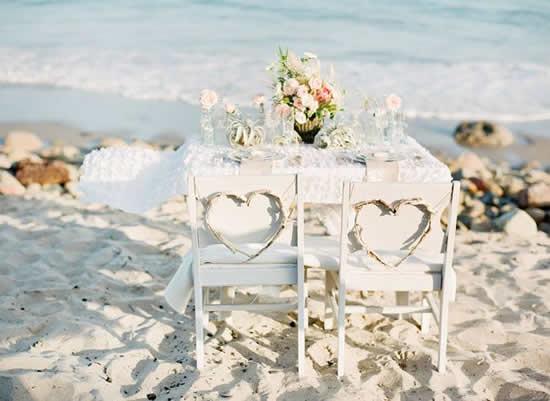 Decoração de mesa para casamento na praia