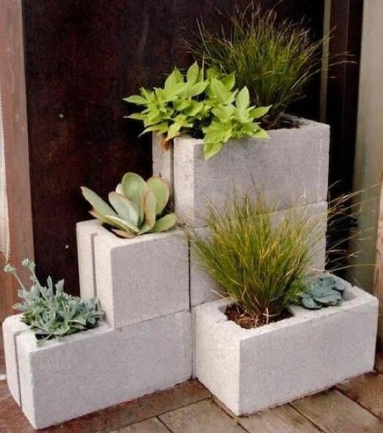 Vasos lindos com blocos de concreto