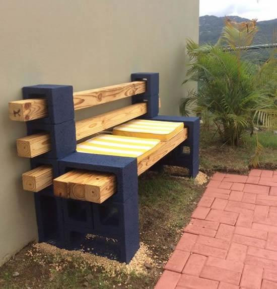 Banco com blocos de concreto