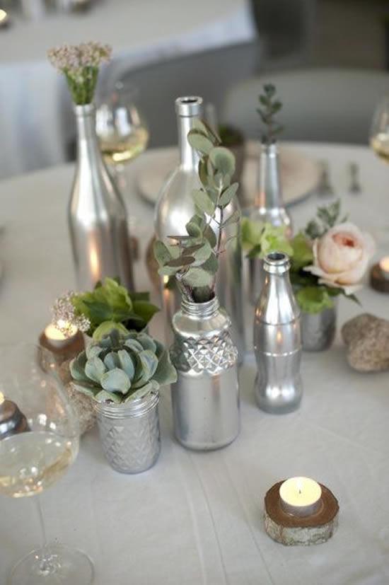 Enfeites para decoração com garrafas de vidro