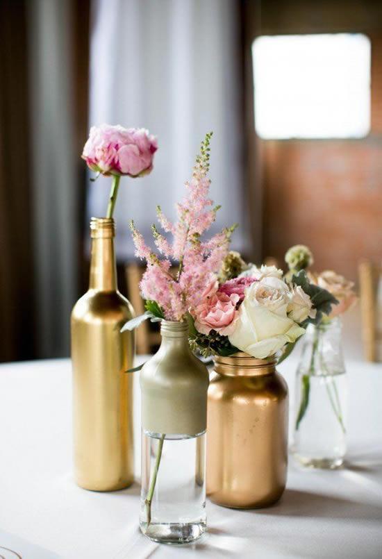 Decoração com garrafas lindas
