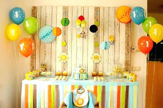 Decoração para mesa de festa de Dia das Crianças