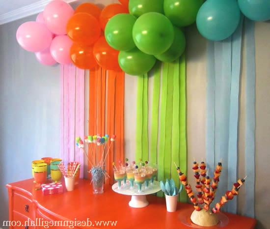 Decoração colorida para Dia das Crianças
