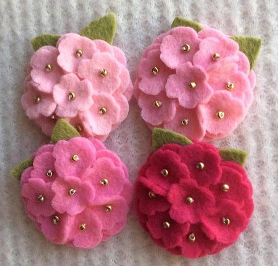 Flores lindas com feltro
