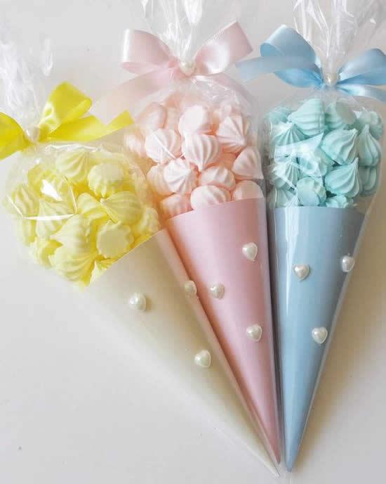Lembrancinha linda com cone de papel