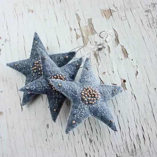Estrelas feitas com tecido jeans