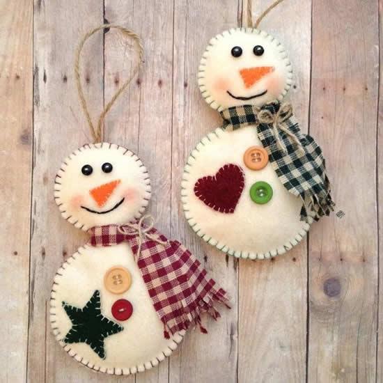 Decoração de Natal com feltro e botões