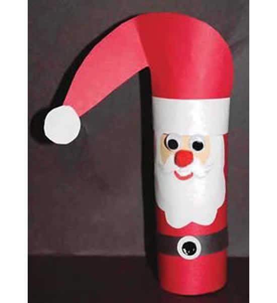 Decoração com Papai Noel de rolo de papelão