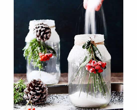 Linda decoração com potes para o Natal