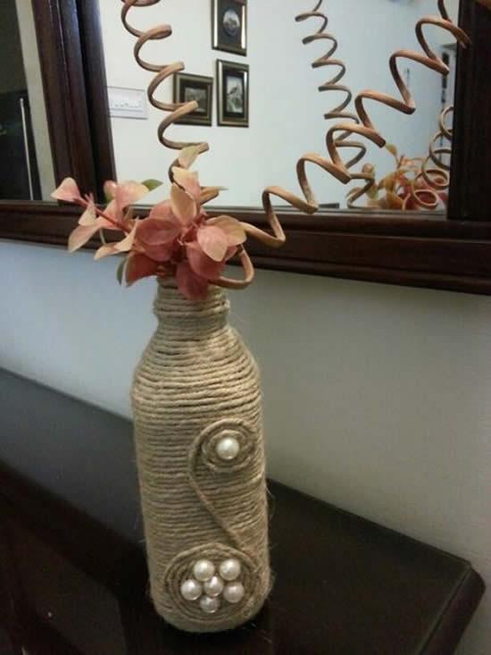 Garrafa linda decorada com barbante