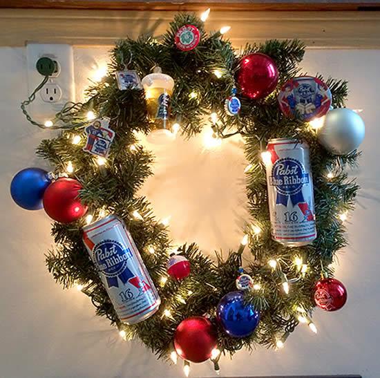 Guirlanda para o Natal com reciclagem