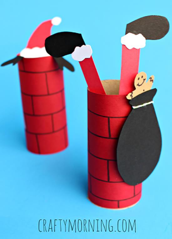 Papai Noel feito com rolos de papelão