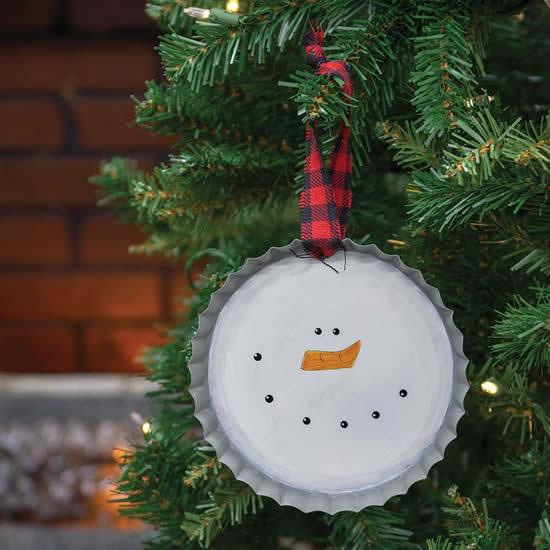 Enfeite de Natal com tampinha