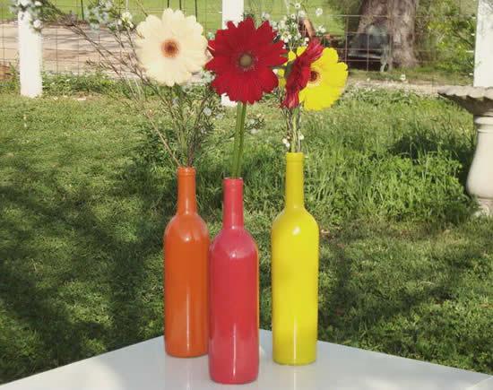 Ideias para centros de mesa com garrafas