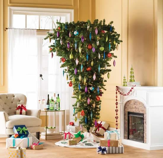 Árvore de Natal de cabeça para baixo