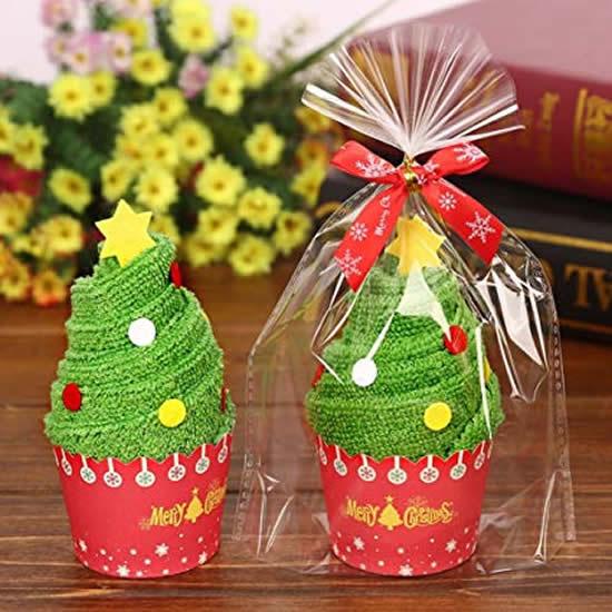 Lembrancinhas criativas com toalhinhas para o Natal