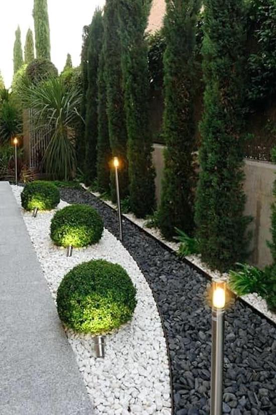 Decoração para jardim com seixos