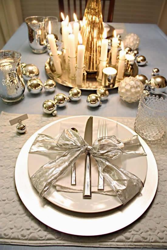 Decoração para mesa de ano novo