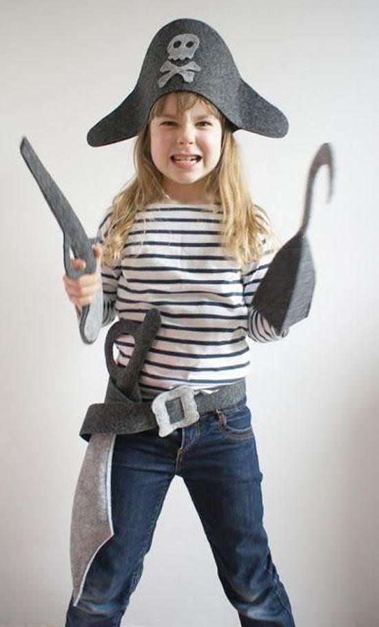 Fantasia de piratinha para menina