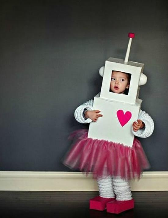 Fantasia de robô para criança