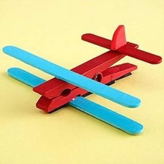 Aviãozinho com palitos de picolé