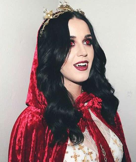 Fantasia linda de vampira