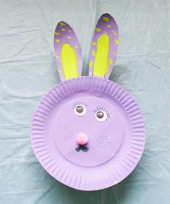 Artesanato com pratos de papel para fazer coelhinhos