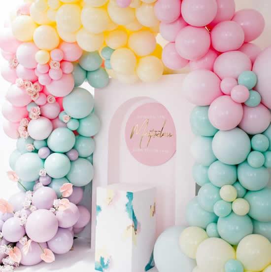 Balões para enfeitar a casa na Páscoa