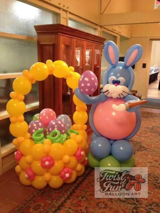 Decoração com balões para Páscoa